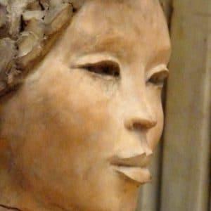 une asiatique , sculpture
